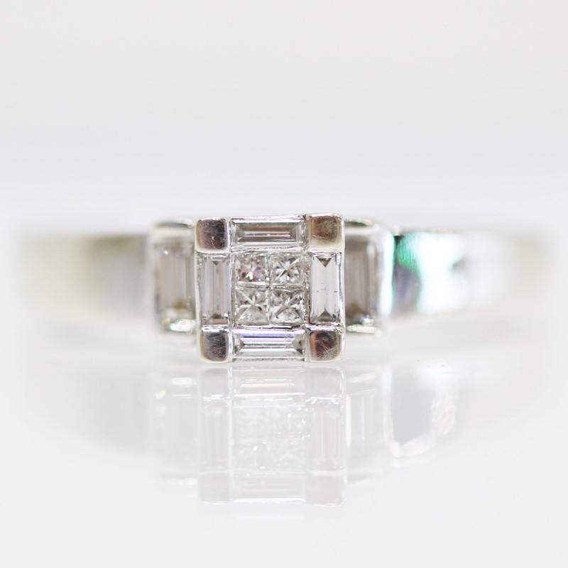 14K White Gold Baguette & Round Diamond Cluster Ring Size 9.5