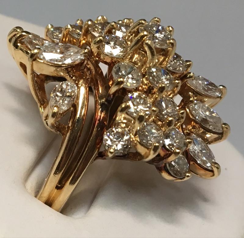 14K Size 7 1/2 Diamond Cluster Ring 27 Diamonds 2.64 Carat T.W.