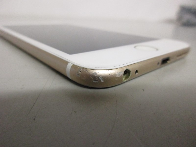 APPLE IPHONE 6 PLUS, 16GB, CRICKET, A1522, GOLD, WON'T READ SIM CARD