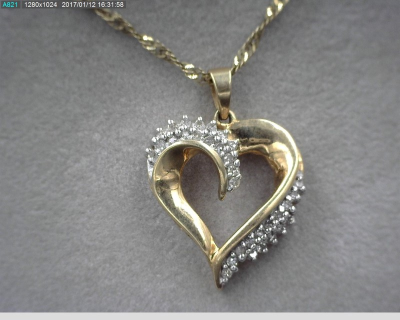"24"" 10KYG HEART SHAPED DIAMOND NECKLACE APX.31C.T.W"