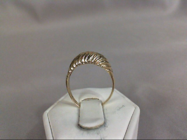 Lady's Gold Ring 10K Yellow Gold 2.87g