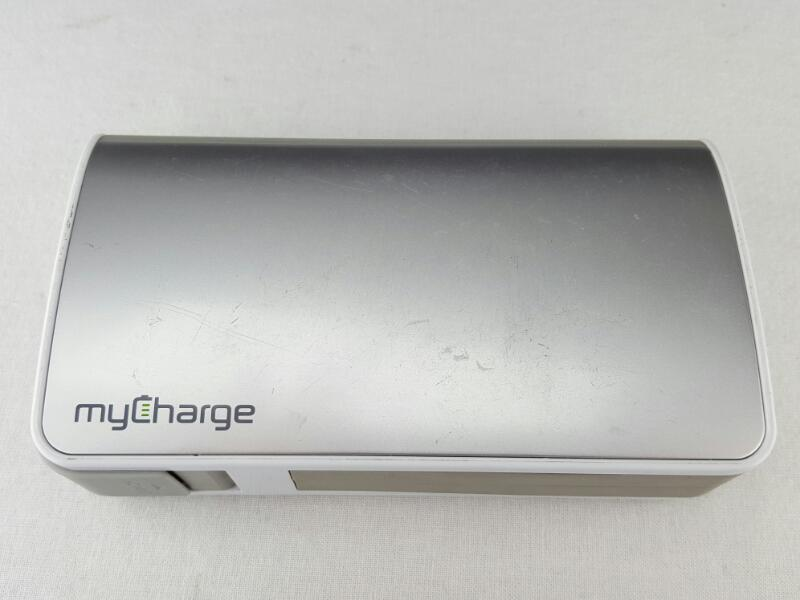 MYCHARGE Hub 9000mAh Rechargeable Power Bank Silver Lightning/MicroUsb RFAM-0234