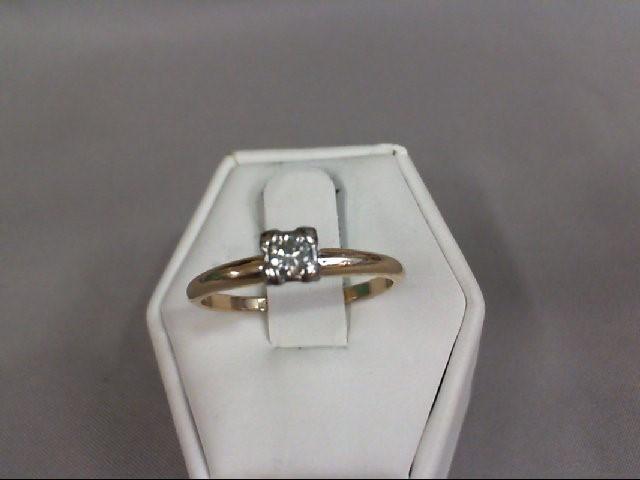 Lady's Diamond Wedding Set .15 CT. 14K Yellow Gold 2.4g