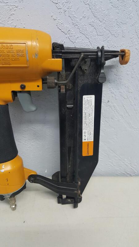 "Bostitch SB-1664FN - 16 Gauge - 1/2"" - Finish Nailer"