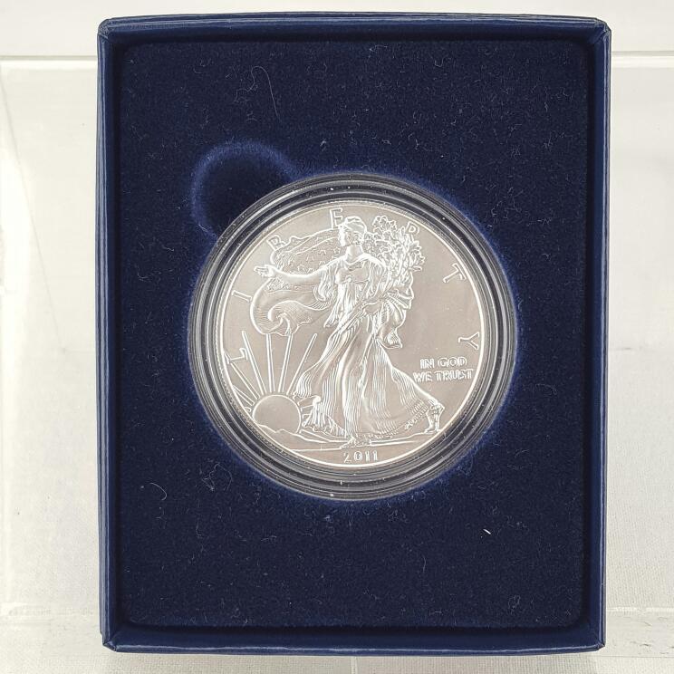 UNITED STATES 2011 AMERICAN SILVER EAGLE W/ BOX