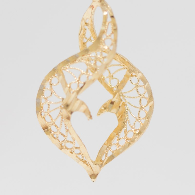 Twisting Heart Illusion & Filigree Detailed 14K Yellow Gold Earrings