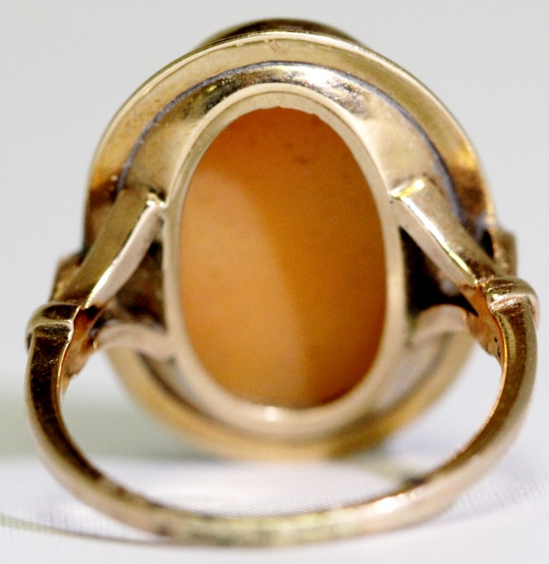 Lady's Gold Ring 14K Yellow Gold 5.6g Size:7.5