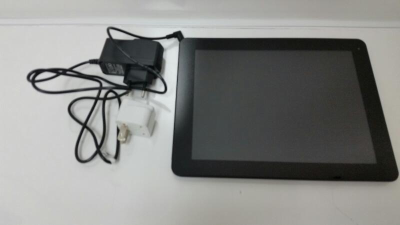 "E-CEROS Revolution 9.7"" Android 4.4 Kitkat, 16GB Tablet"