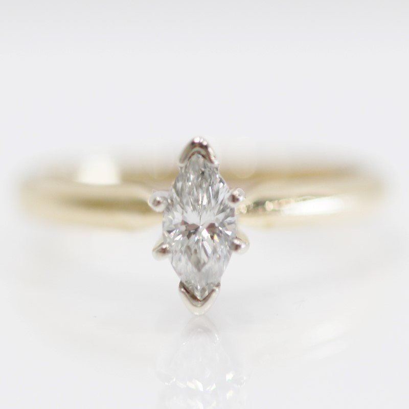 14K Yellow Gold Marquise Cut Diamond Solitaire Peg Head Ring Size 7