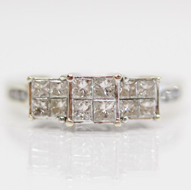 14K W/G Princess & Round Brilliant Diamond Cluster Ring Size 7.25