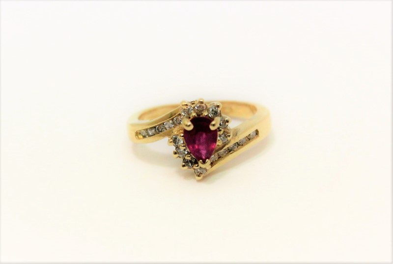 Lady's Ruby & Diamond Ring 19 Diamonds .38 CTW14K Yellow Gold Size: 3.8