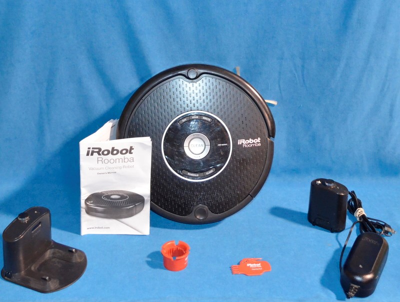 IROBOT Vacuum Cleaner ROOMBA 551