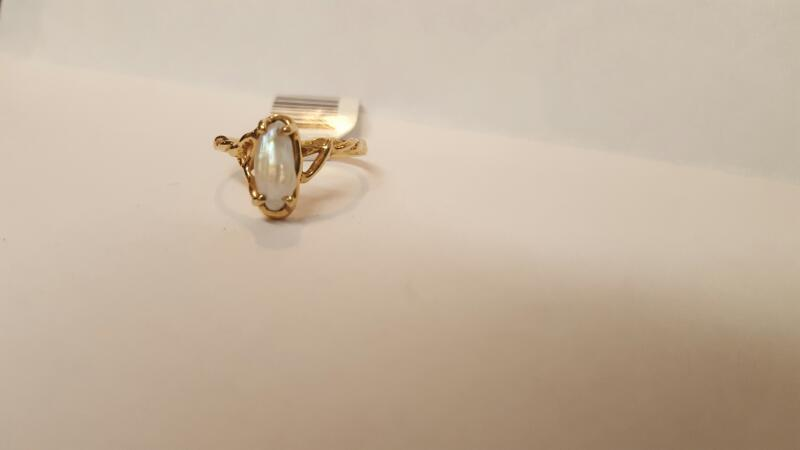 Synthetic Pearl Lady's Stone Ring 14K Yellow Gold 2.14g Size:5.8