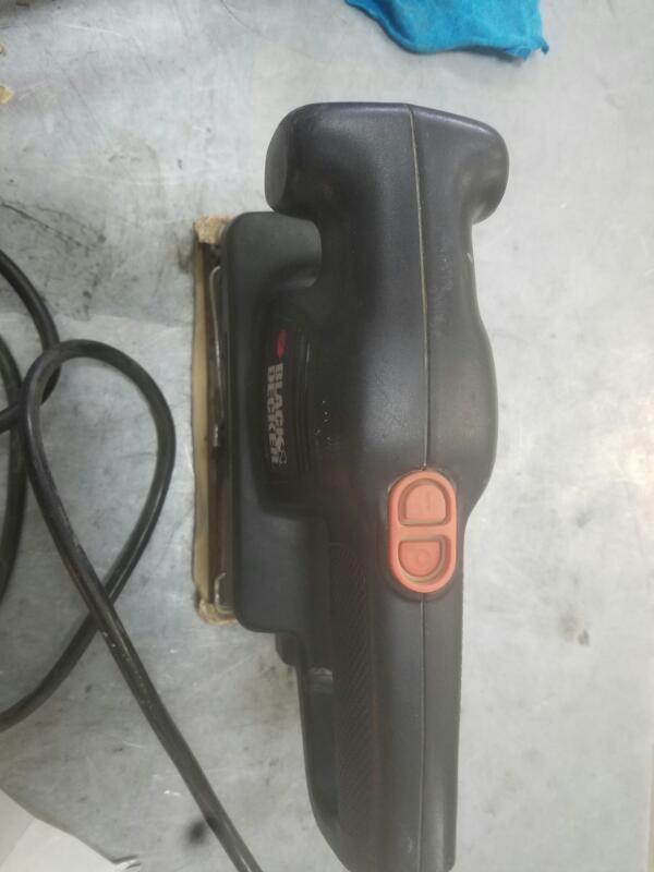 black and decker finishing sander how to change paper