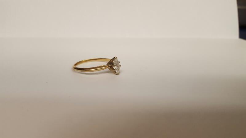 Lady's Diamond Solitaire Ring .50 CT. 14K Yellow Gold 1.87g Size:8.5