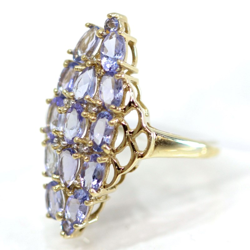 10K Yellow Gold Oval Cut Purple Stone Cluster Ring Size 6