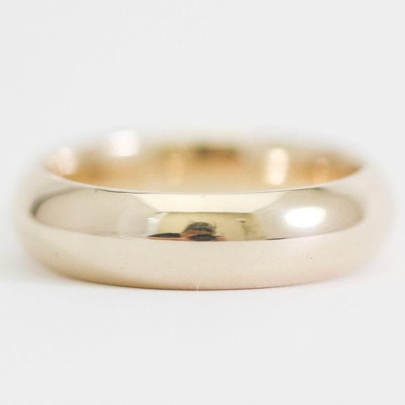 Benchmark 14K Yellow Gold Comfort Fit Wedding Band Size 10
