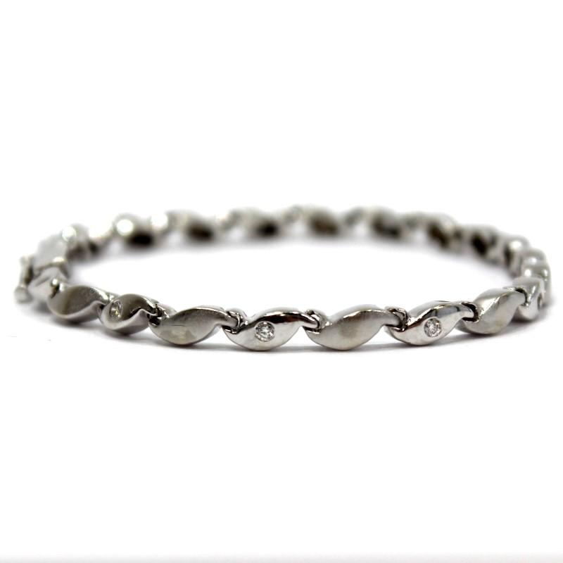 "7"" 14K White Gold Interlocked S-Wave Round Cut Diamond Bracelet"
