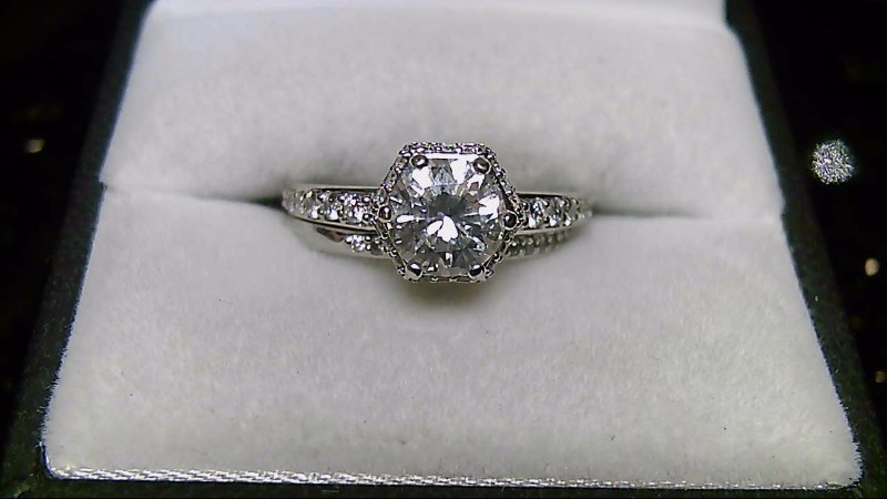 Lady's Diamond Wedding Set 60 Diamonds .60 Carat T.W. 14K White Gold 4.38g