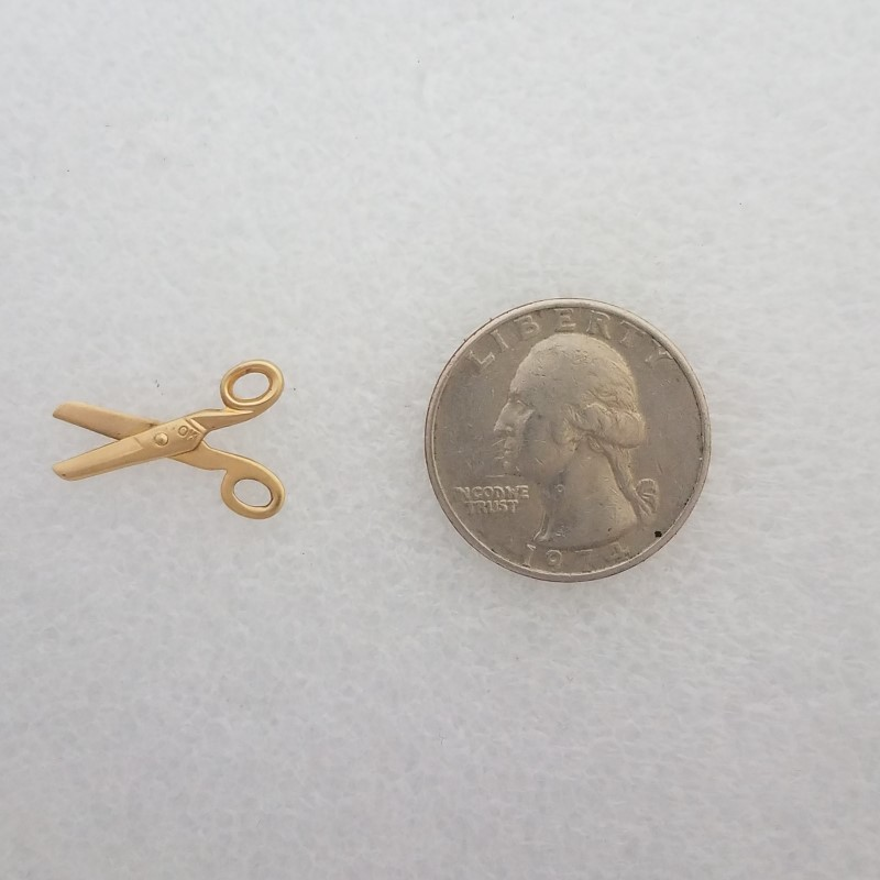 10K Yellow Gold Open Work Scissors Pendant Dangle Charm