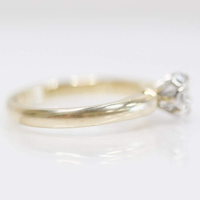 14K Yellow Gold Round Brilliant Diamond Solitaire Ring Size 6