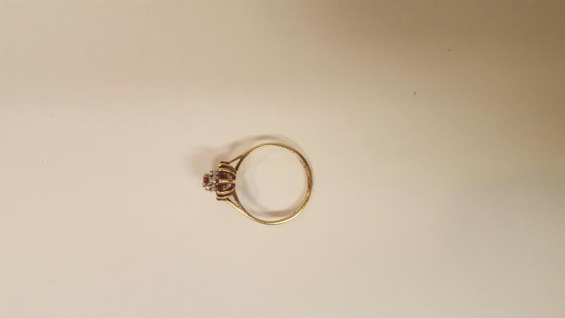 Red Stone Lady's Stone Ring 10K Yellow Gold 1.52g Size:5.8