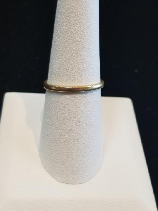Lady's Gold Band 14K Yellow Gold 1.5g Size:8.5
