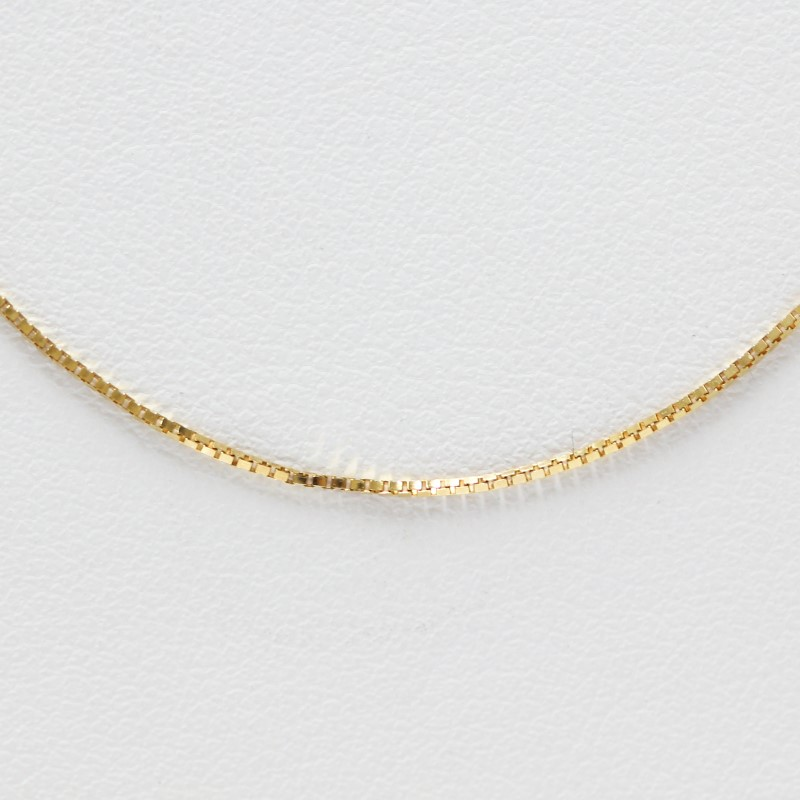 """18"""" 14K Yellow Gold Plain Simple Classic Box Link Chain Necklace"""