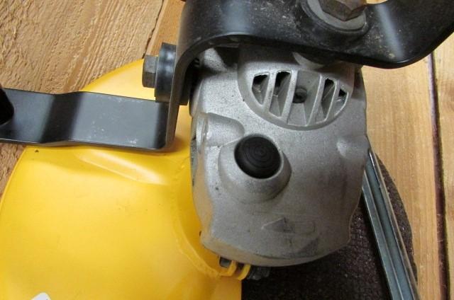 DEWALT Concrete Saw D28754