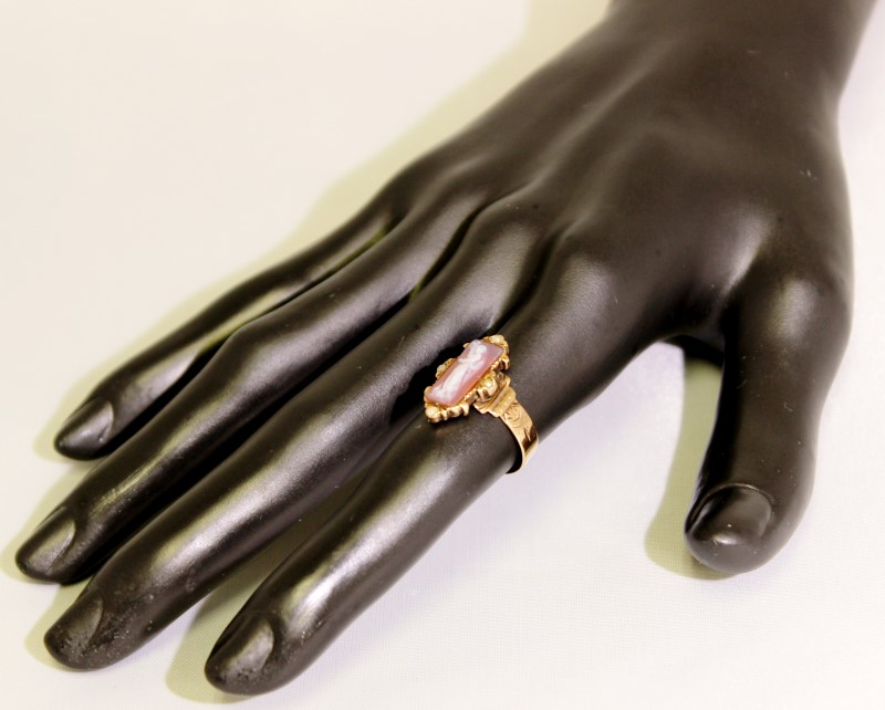 Cameo Lady's Stone Ring 10K Rose Gold 2.61g Size:5.8 Fall