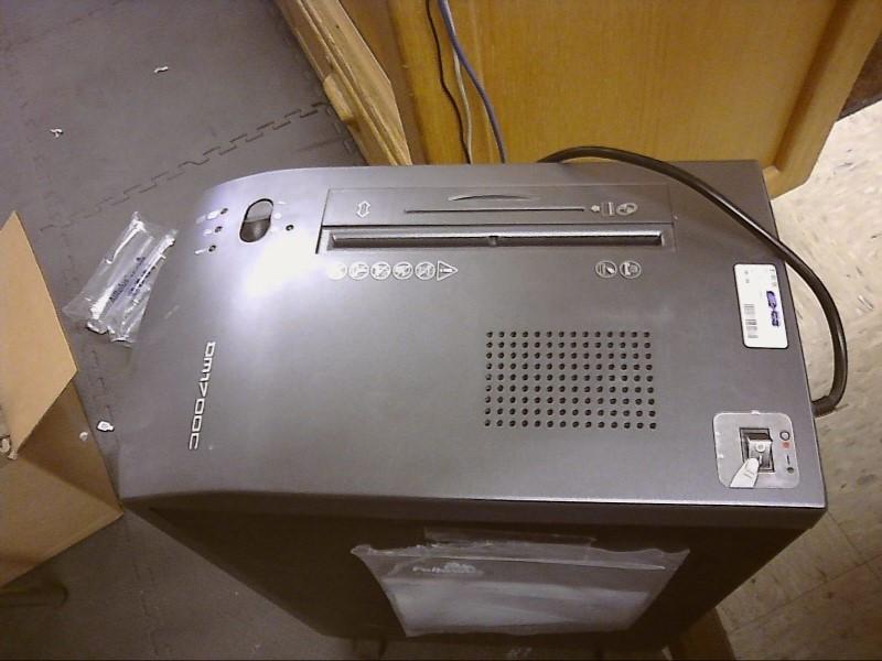 FELLOWES PAPER SHREADER, DM1700C