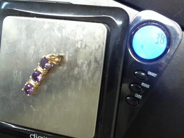 Lady's Gold Ring 14K White Gold 1.86g