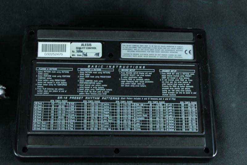 Alesis Drum Machine SR-15