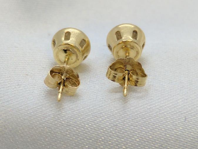 Cubic Zirconia Bezel Set Stud Earrings 14K Yellow Gold