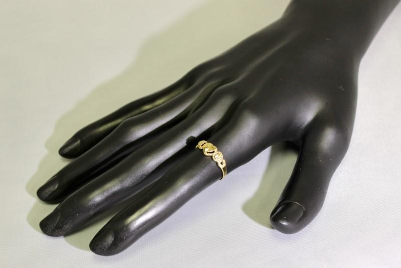 14K Yellow Gold Diamond Cut Open Work Triple 3 Hearts Ring Band Size 6