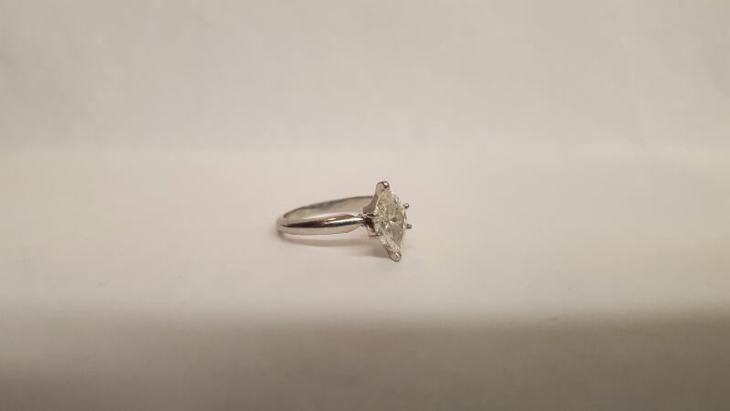 Lady's Platinum-Diamond Solitaire 1.00 CT. 950 Platinum 4.33g Size:6.5