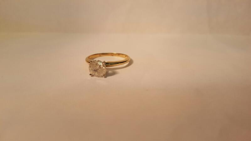 Lady's Diamond Solitaire Ring 1.25 CT. 10K Yellow Gold 2.04g Size:7.3