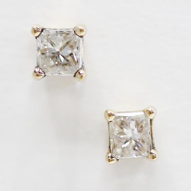 14K Yellow Gold Princess Cut Diamond Screw Back Earrings