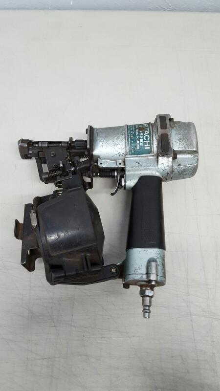 "AS IS - Hitachi NV45AB2 air pneumatic coil roofing nailer 7/8"" to 1-3/4"""