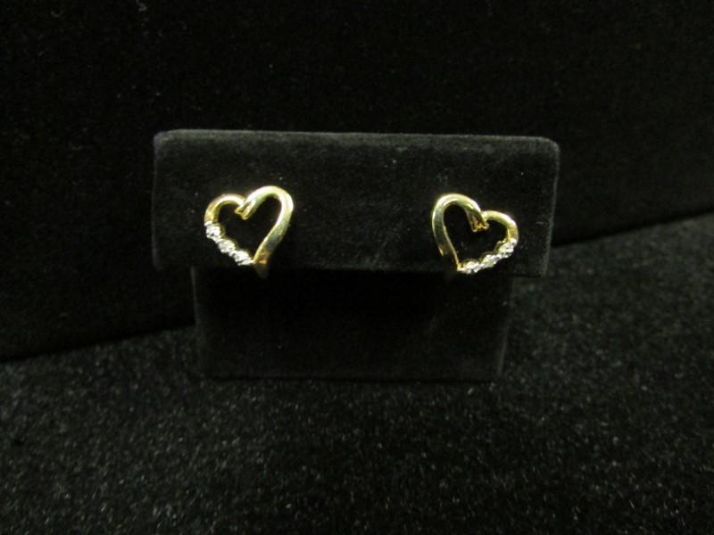 Gold-Diamond Earrings 2 Diamonds .02 Carat T.W. 10K Yellow Gold 1.3g