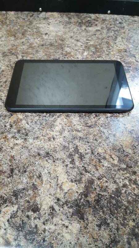 AS IS - Trio Pro 8 - 16gb, Quad core Tablet
