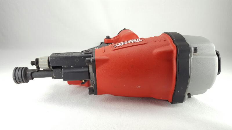 "MILWAUKEE 3-1/2"" Round Head Framing Nailer 7100-20"