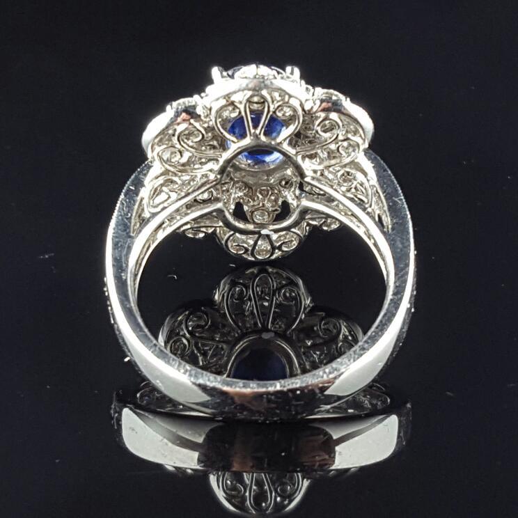 Lady's Sapphire & Diamond Ring 52 Diamonds 1.04 Carat T.W. 18K White Gold