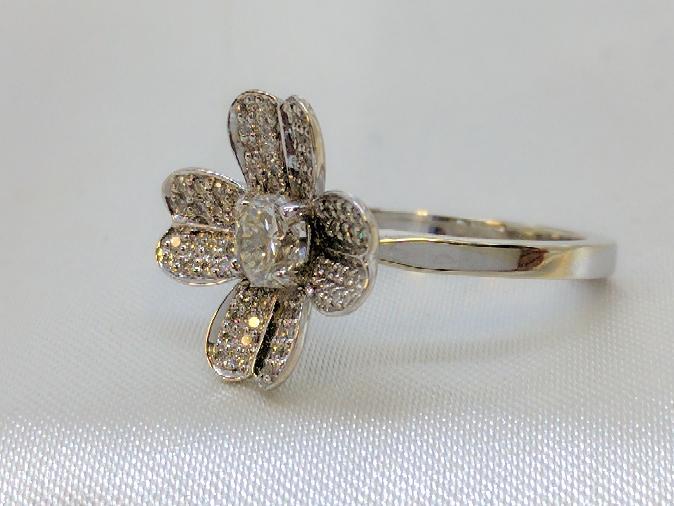 Lady's Diamond Fashion Ring 65 Diamonds .83 Carat T.W. 18K White Gold 4.5g