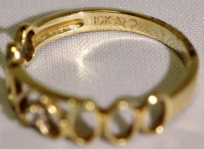 10K Yellow Gold Hearts & Os Silhouette Diamond Stacker Ring Band sz 7