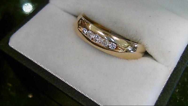 5 Diamond 0.26 CTW 14K Yellow Gold Wedding Band
