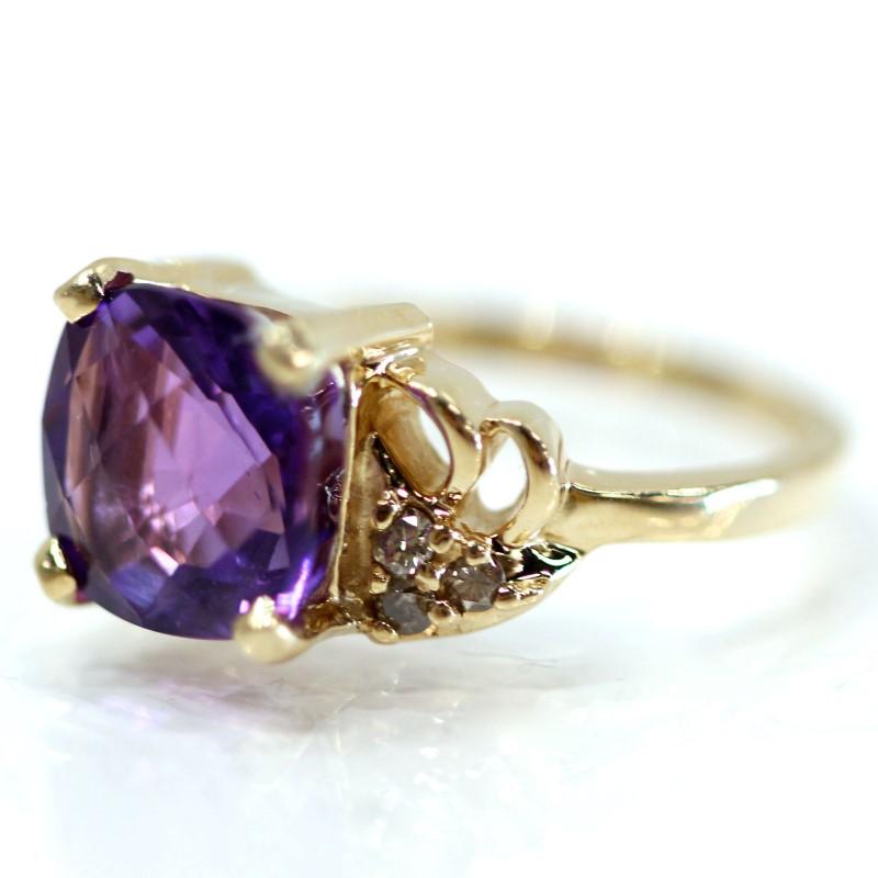 14K Y/G Cushion Cut Purple Stone Ring w/ Round Diamond Accent Size 6