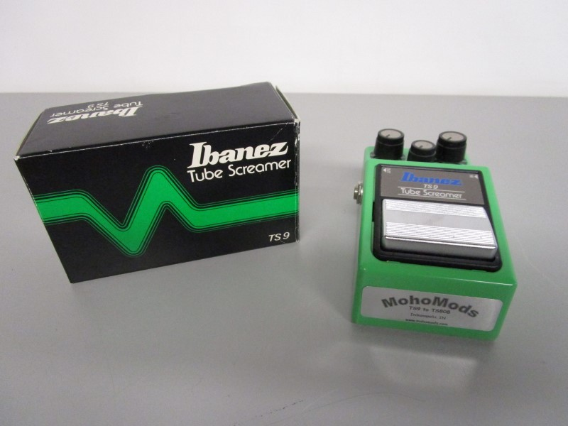 IBANEZ TS9 TUBE SCREAMER WIT MOHOMODS TS9 TO 808 MOD