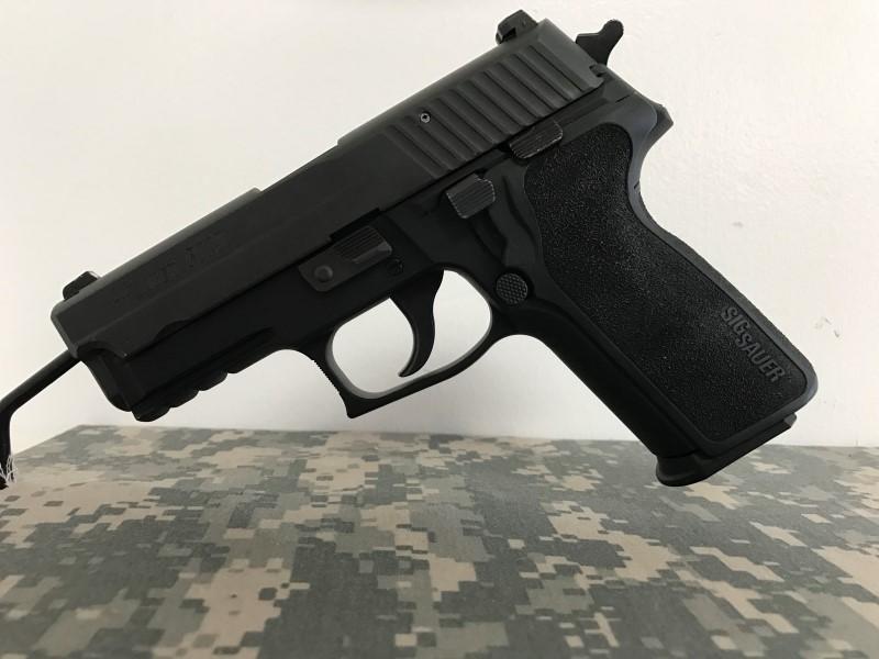 SIG SAUER P229 PISTOL .40 S&W