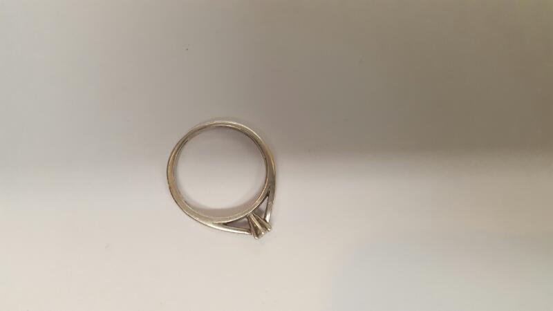 Lady's Silver-Diamond Ring .10 CT. 925 Silver 2.63g Size:6.8